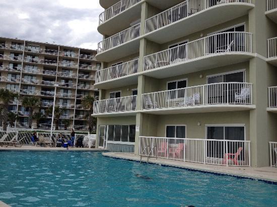 Tradewinds Iniums In Orange Beach Alabama Pool Swim Through Beachfront